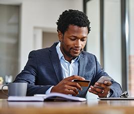 Paiements en ligne et accès aux comptes bancaires en ligne : l'authentification forte devient obligatoire