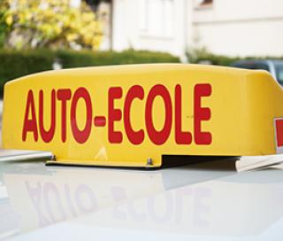 Auto-école : tout savoir avant de vous inscrire dans une auto-école